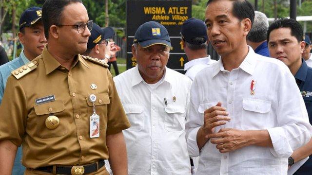 Gubernur DKI Jakarta Anies Baswedan dan Presiden RI Joko Widodo (FOTO; INT)