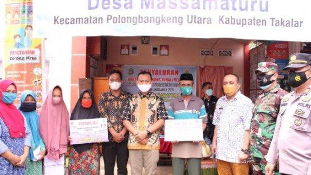 Bupati Syamsari Terus Realisasikan Program Bantuan Satu Sapi untuk Satu Kepala Keluarga