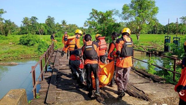 Tenggelam Sejak Dua Hari Lalu, Penjaga Pintu Air Sungai di Pangkep Ditemukan Sudah Almarhum