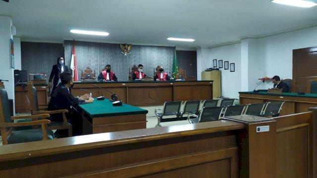 Sidang putusan sela terhadap tersangka Jabir Bonto.