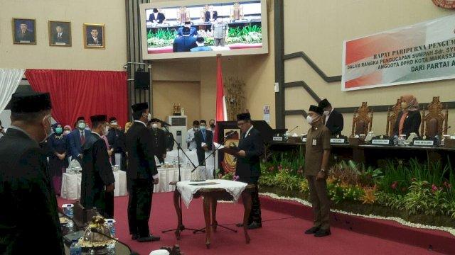 PAW Almarhum Zaenal Beta, Syukran Kahfi Dilantik Sebagai Anggota DPRD Makassar