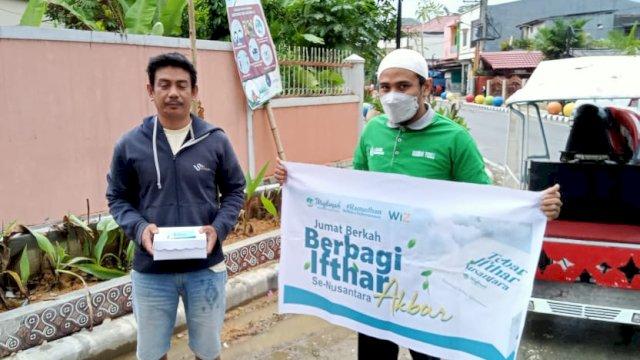 Tebar Ifthar Nusantara bersama Muslimah Wahdah Islamiyah Tana Toraja