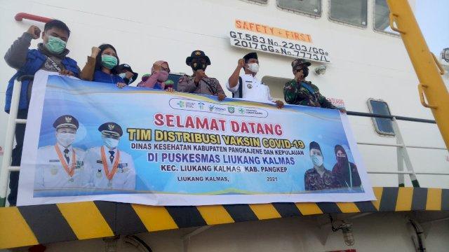 Pemkab Pangkep Distribusikan Vaksin ke Wilayah Kepulauan