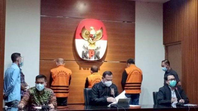 Konferensi pers KPK saat menetapkan tersangka Nurdin Abdullah, Edy rahmat dan Agung Sucipto.