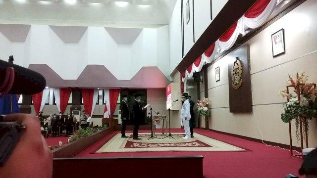 Pelantikan Budiman Hakim sebagai Bupati Luwu Timur di Ruang Pola Kantor Gubernur Sulsel, Senin (5/4/2021).