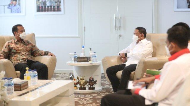 Ditemui Plt Gubernur, Menpora Zainudin Amali Siap Dukung Pembangunan Stadion Mattoanging