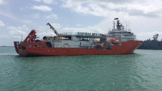 Kapal Penyelamat KRI Nanggala 402 Kesulitan Mengangkat