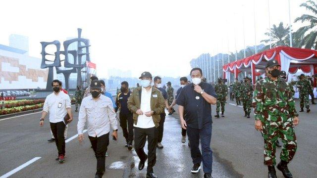 Latihan penanggulangan teroris di Gedung DPR RI oleh pasukan elit TNI. (Foto: Parlementaria)