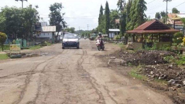 Perbaikan Ruas Jalan Cabenge Soppeng Mulai Dikerjakan, Anggarannya Rp15 Miliar
