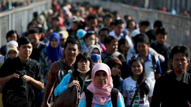 Dua Pertiga Pekerjaan di Indonesia Berkualitas Rendah