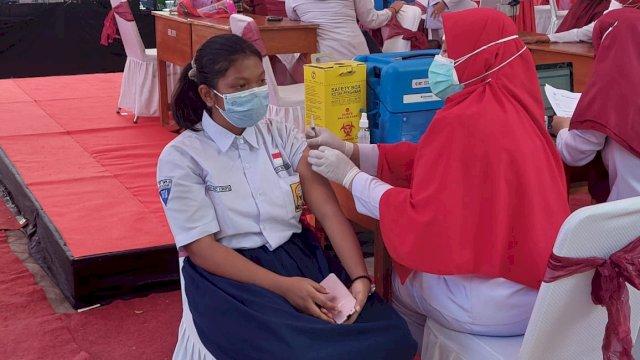 Pemkot Makassar Resmi Mulai Vaksinasi Pelajar