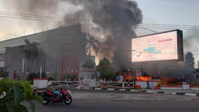 Kebakaran, Wifi Id AP Pettarani Makassar Ludes Dilalap Si Jago Merah