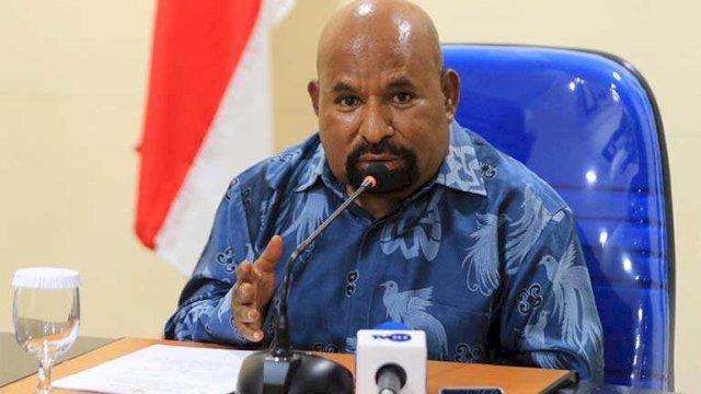 Diklaim Perlancar PON, Gubernur Papua Harus Copot Sekda