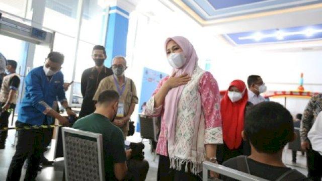 Wawali Fatma Pantau Wisata Vaksin Gratis yang Digelar PHRI Makassar