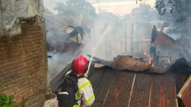 Sehari Setelah Idul Adha, Kebakaran Kembali Terjadi di Makassar, Hanguskan Sejumlah Rumah