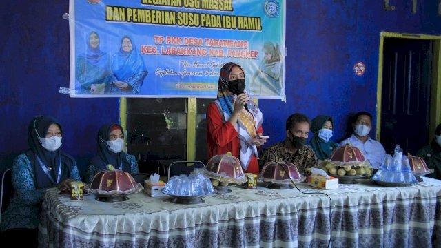 Tekan Stunting, TP PKK Desa Taraweang Pangkep Gelar Kegiatan USG dan Pemberian Susu