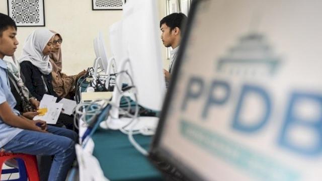 Soal PPDB, DPRD Makassar Minta Pendaftaran Buka Selama 24 Jam