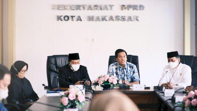 Pimpinan DPRD Makassar dan pihak sekretariat menerima kunjungan kerja dari DPRD Wajo.