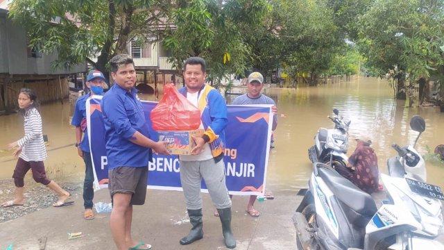 Tak Tinggal Diam, Bantuan NasDem Soppeng Terus Mengalir kepada Korban Banjir di Lilirilau
