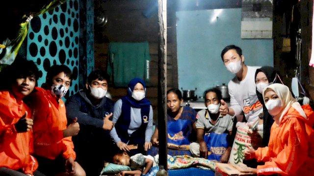Kisah Satu Keluarga di Pinrang Sulsel Hidup Memprihatinkan di Gubuk 2×4 Meter Dapat Santunan NasDem Milenial RMS