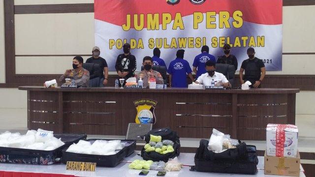Sabu 75 Kg dan Puluhan Ribu Butir Ekstasi di Makassar, Dipasok dari Surabaya