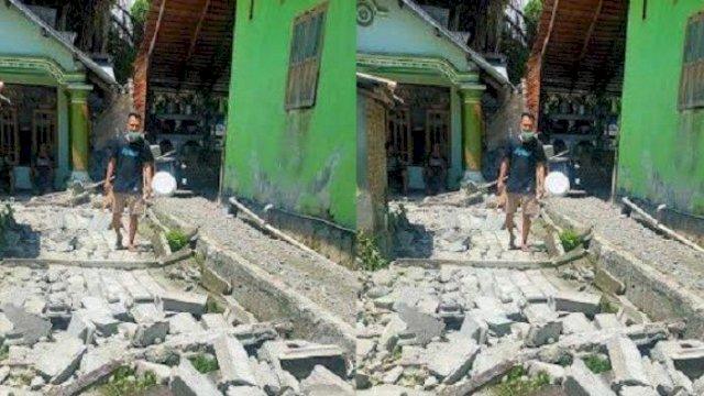 kondisi bangunan milik warga yang rusak akibat gempa di Touna Sulteng.