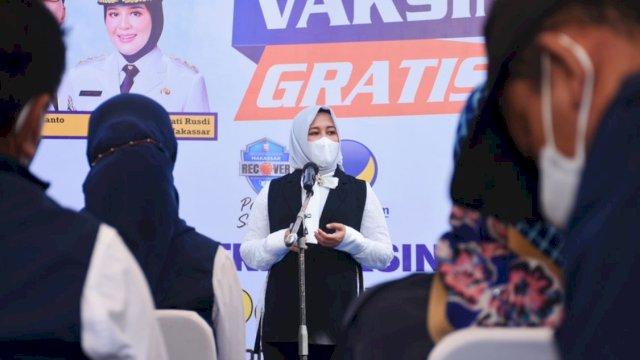 Wawali Fatmawati Rusdi Apresiasi Kegigihan NasDem Makassar Layani Vaksinasi