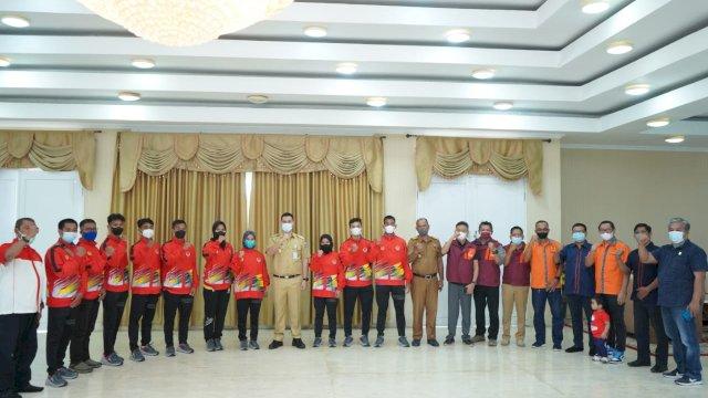 Bupati Pangkep Yusran Lepas Keberangkatan Atlet-Pelatih ke PON Papua