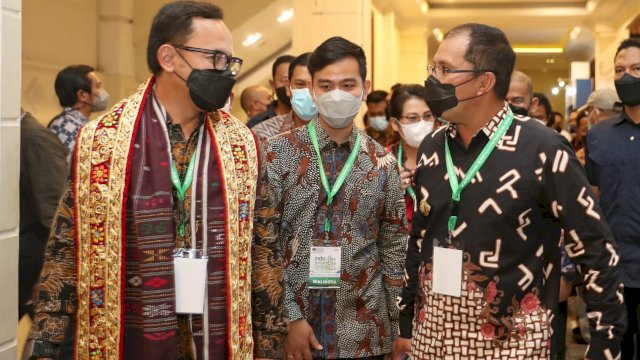Booth Makassar Membuat Decak Kagum, Walikota Bima Arya-Gibran Rakabuming: Luar Biasa Konsepnya, Tak Diragukan Lagi Pak Danny