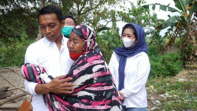 Bikin Terenyuh, Sekretaris NasDem Sulsel Syaharuddin Alrif Bantu Bangunkan Rumah Warga Usai Viral karena Digusur