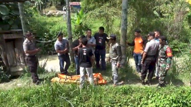 Gempar, Seorang Pemuda Ditemukan Tak Bernyawa di Atas Pohon